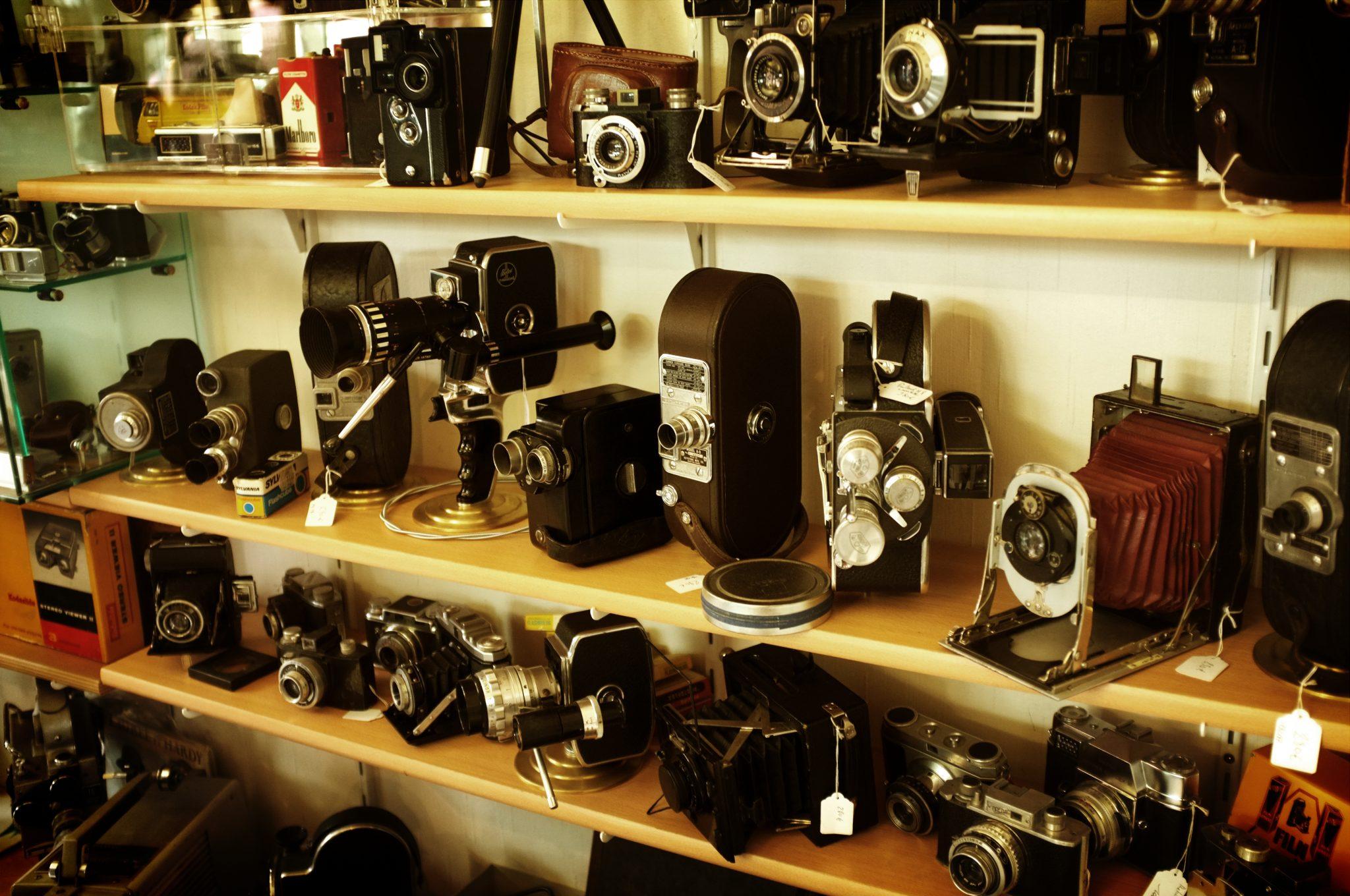 カメラメーカーを自動車メーカーに勝手に当てはめてみた