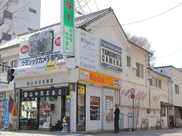 富士フイルムのミラーレスを日本一販売しているお店でX-Pro2を見てきた
