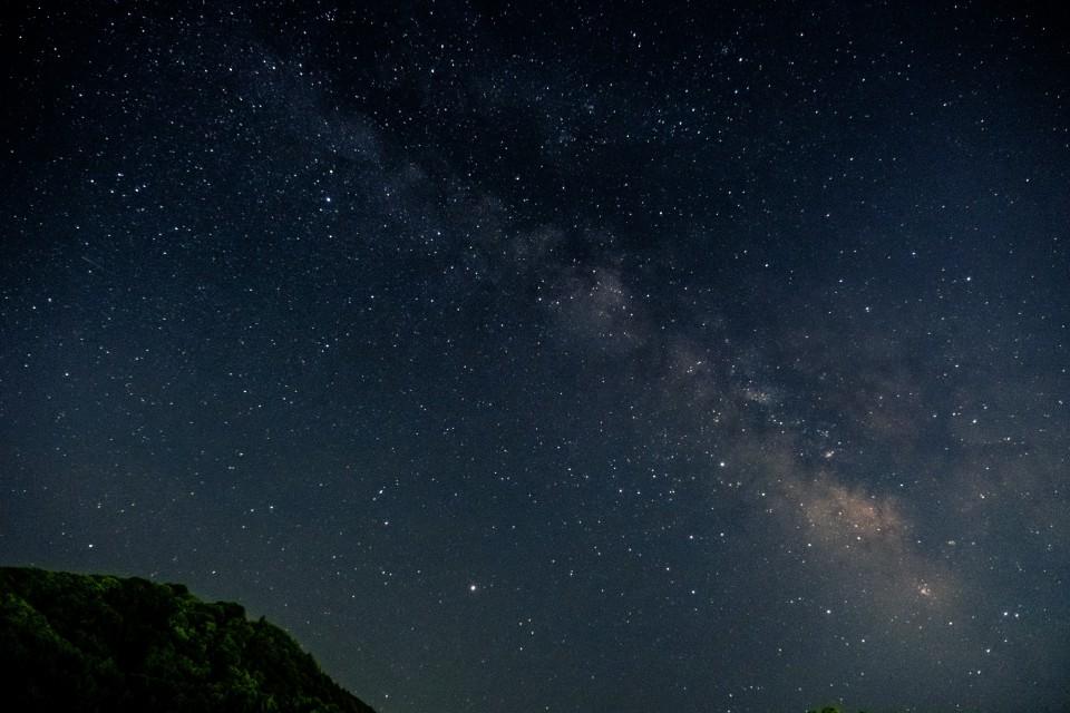 X-Pro2とXF16-55mmで天の川の試し撮りして現像してみた。